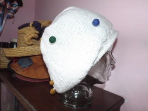 sock white hat 012