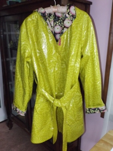 yarn raincoat 023